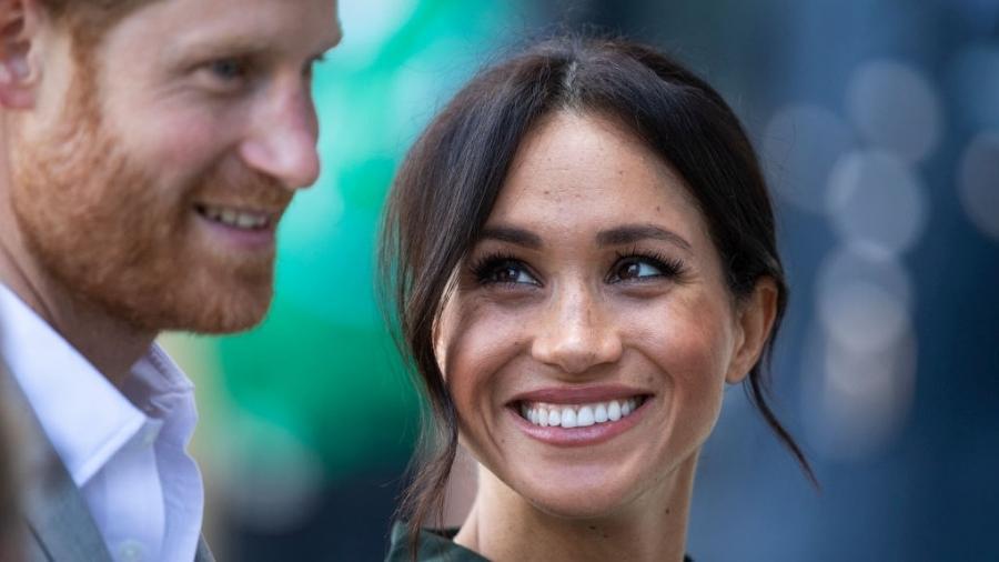 Meghan Markle e príncipe Harry em visita ao condado de Sussex - Getty Images