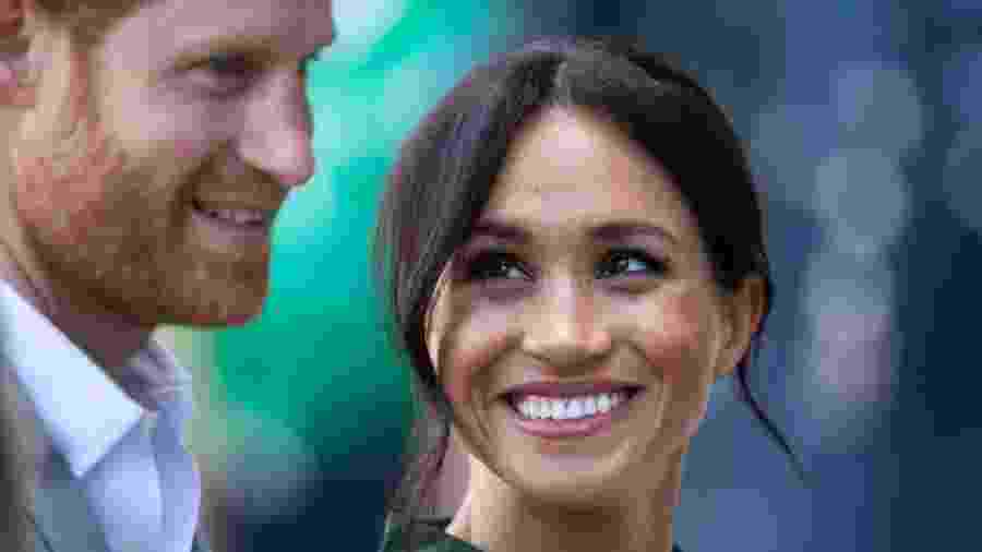 Meghan Markle e príncipe Harry em visita ao condado de Sussex - Getty Images