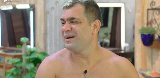 """Evandro Santo critica postura de João Zoli em """"A Fazenda"""""""