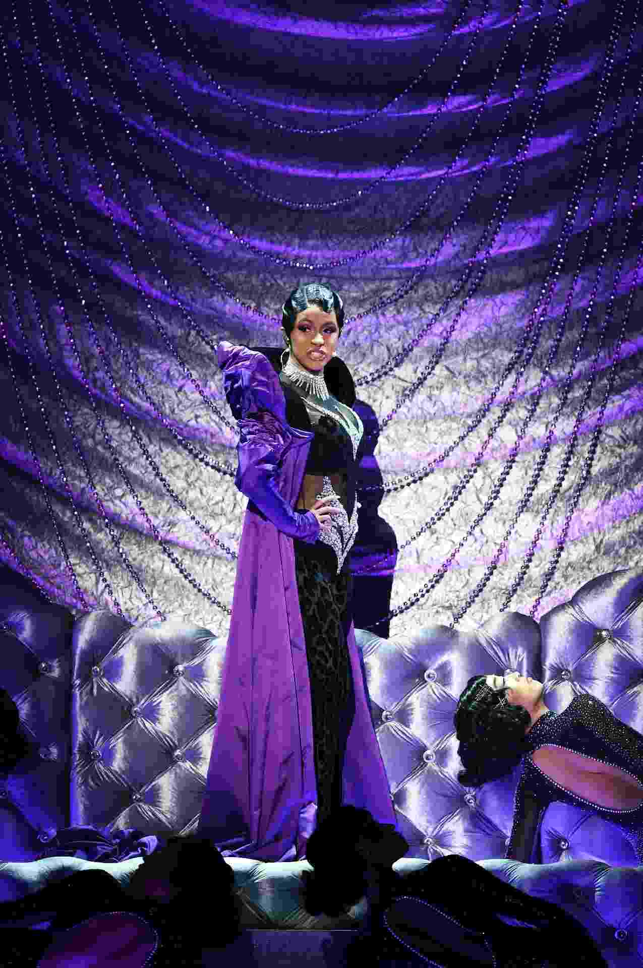 "Cardi B se apresenta com ""Money"" no Grammy 2019 - Kevin Winter/Getty Images for The Recording Academy"