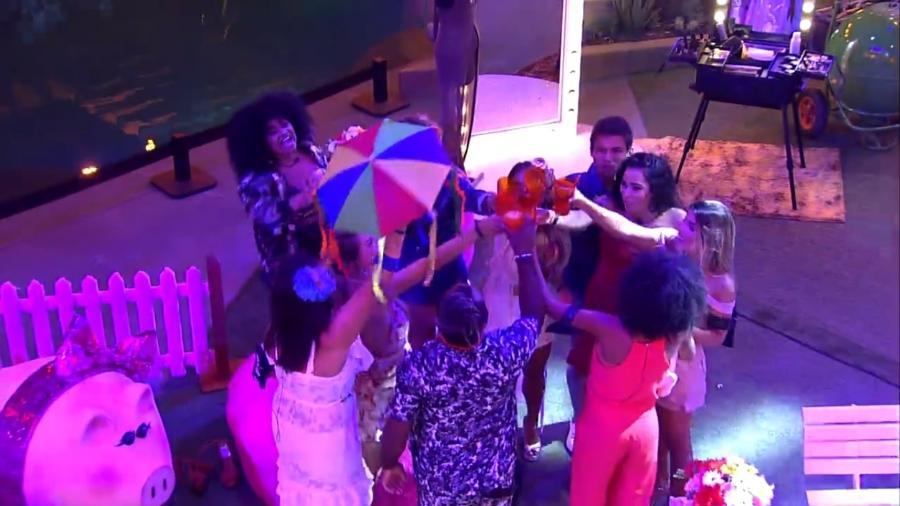 Brothers brindam na pista de dança em homenagem a filhotes de Pippa, porca de Paula - Reprodução/GloboPlay