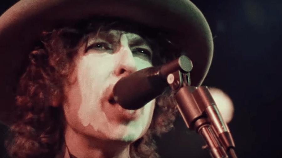 """Bob Dylan no documentário """"Rolling Thunder Revue"""" - Reprodução/YouTube"""