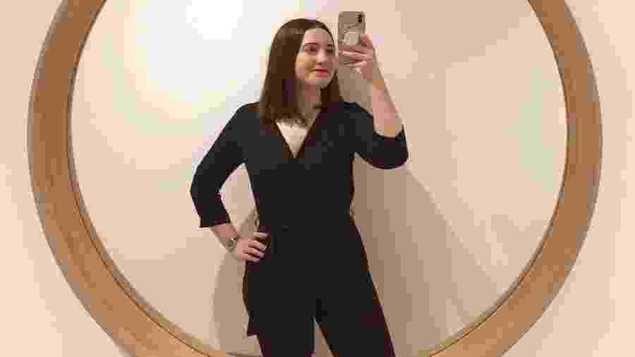 A inglesa Olivia Jackson criou blog e página com seus looks após ironias do namorado - Reprodução/Instagram @clothesmyboyfriendhates