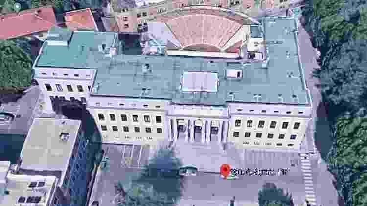 """A Casa da Moeda da série """"A Casa de Papel"""" - Reprodução/Google Street View - Reprodução/Google Street View"""