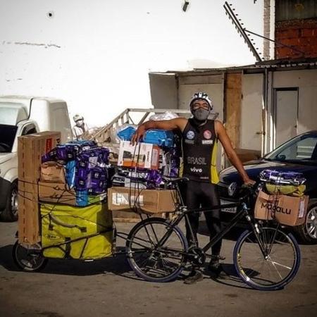 Ciclista Diego faz entregas de cargas pesadas na cidade de São Paulo - Acervo pessoal
