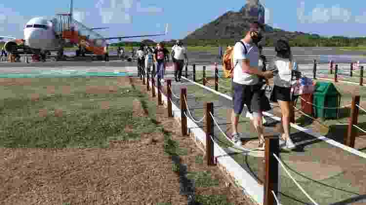 Turistas chegam a Fernando de Noronha após a reabertura da ilha após meses fechada por conta da pandemia - Geórgia Kyrillos - Geórgia Kyrillos
