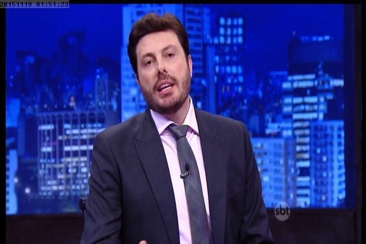18.nov.2015 - Danilo Gentili explica polêmica com piada de Leo Lins
