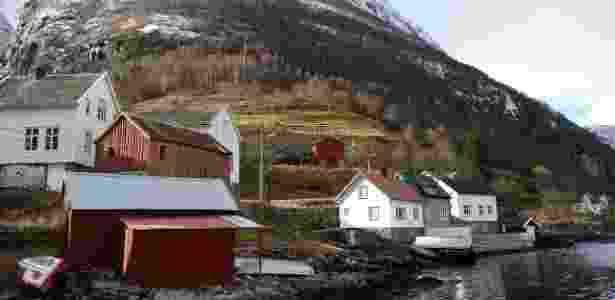 No Sognefjord fiorde, região tombada pela Unesco, a desbravagem pelas águas leva até pequenas vilas de pescadores que outrora foram palco de mercantes vikings - Carlos Marcondes/UOL - Carlos Marcondes/UOL