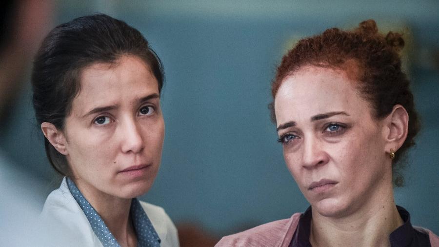 """Carolina (Marjorie Estiano) e Bete (Laila Garin) em """"Sob Pressão"""" - Maurício Fidalgo/Divulgação/TV Globo"""