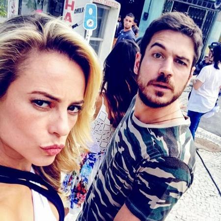 Paolla Oliveira (Jeiza) e Marco Pigossi (Zeca) - Reprodução/Instagram