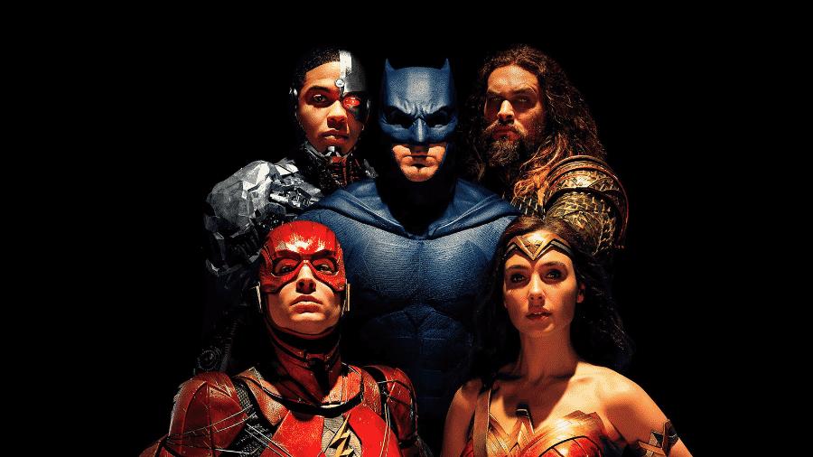 """Cyborg, Batman, Aquaman, Flash e Mulher-Maravilha no cartaz de """"Liga da Justiça"""" - Divulgação/reprodução"""