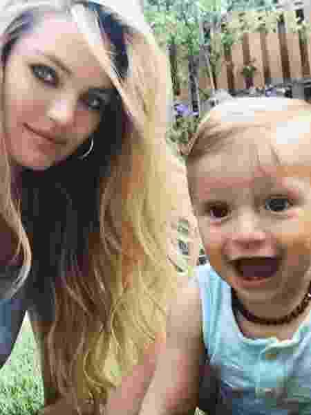 Candice Swanepoel e Anacã - Reprodução/Instagram