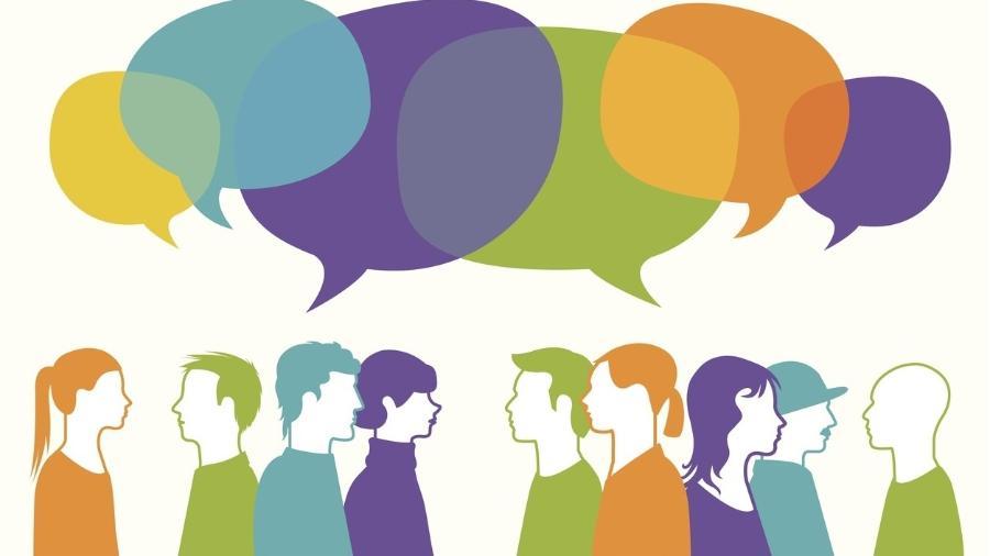 Uma das estratégias para lidar com um colega fofoqueiro é só ouvir o que ele tem a dizer, respondendo com comentários genéricos - Getty Images
