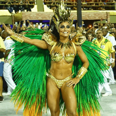 Juliana Paes durante o desfile da Grande Rio - Reprodução/Instagram/granderio