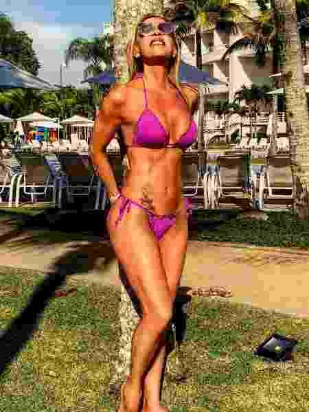 Adriana Miranda diz que precisa ter muita disciplina e determinação para não sair da dieta e manter a boa forma aos 62 anos  - Arquivo pessoal