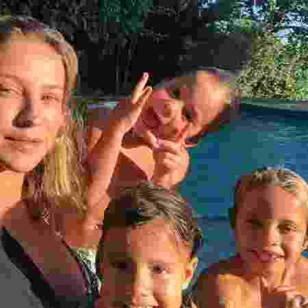 Luana Piovani com Dom, Bem e Liz - Reprodução/Instagram