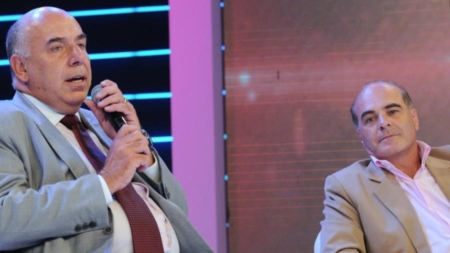 Amílcare Dallevo (à esq.) e Marcelo de Carvalho (à dir.) falam sobre situação de salários de funcionários em 2013 - Imagem/AgNews