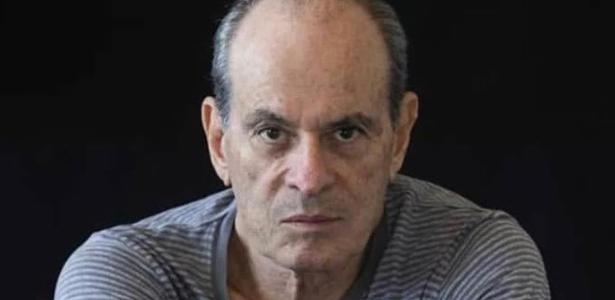 'Continuo lutando' | Ney Matogrosso critica 'autoritarismo' no governo Bolsonaro