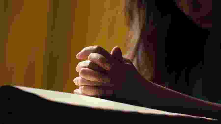 D.M. deixou de frequentar a igreja depois que o ex foi atrás dela em um culto - Getty Images/iStockphoto