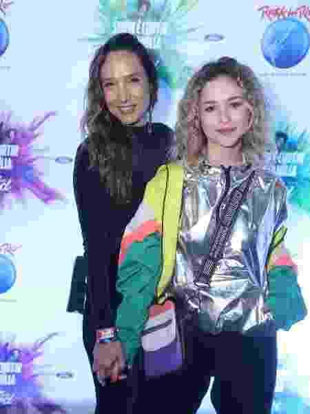 Maria Maya e a namorada, Laryssa Ayres - Daniel Pinheiro/AgNews