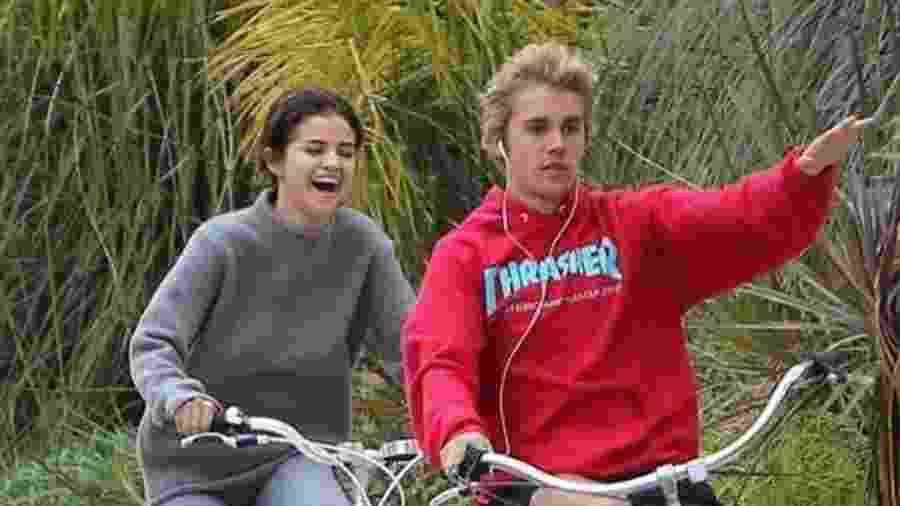 Selena Gomez e Justin Bieber - Reprodução/Twitter