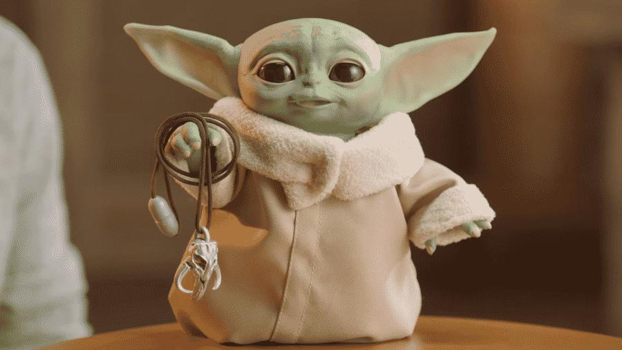 Boneco do Baby Yoda - Reprodução/YouTube