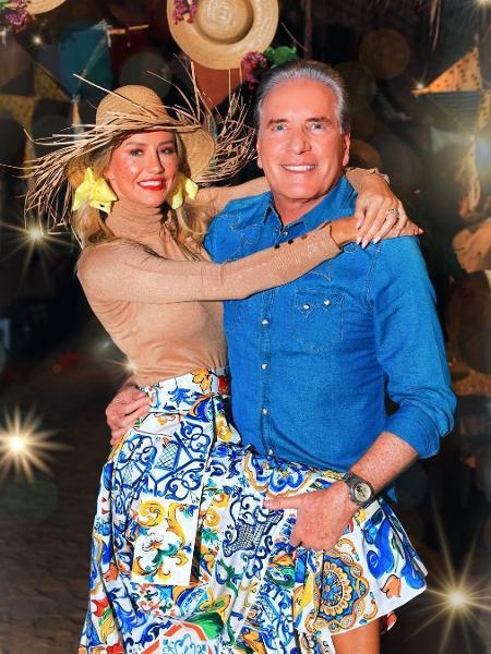 Ana Paula Siebert e Roberto Justus fazem festa junina - Reprodução/Instagram