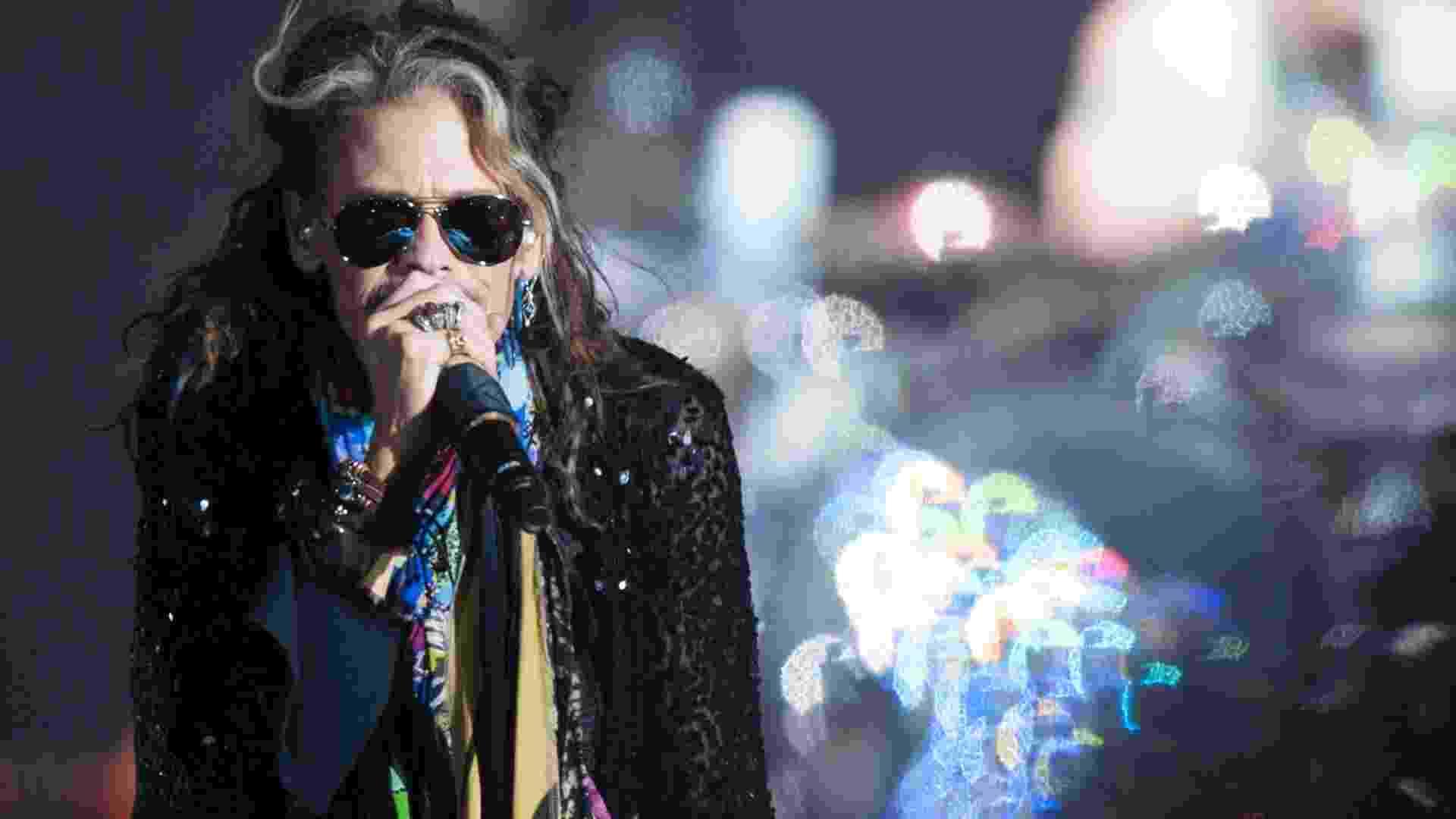 15.out.2016 - Aerosmith se apresenta no Allianz Parque, em São Paulo, com estádio lotado - Reinaldo Canato/UOL