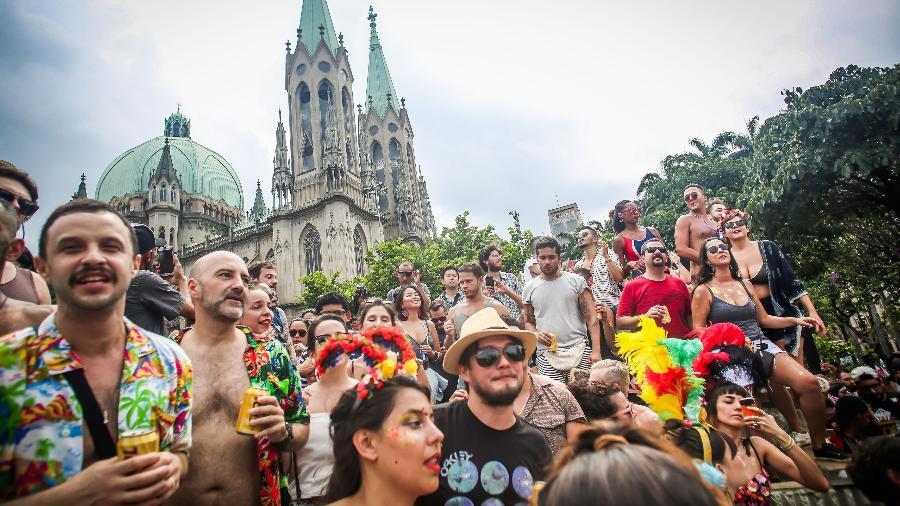 Blocos como o Baixo Augusta e o Tarado Ni Você estarão nas ruas de SP em 2018 - Edson Lopes Jr./UOL