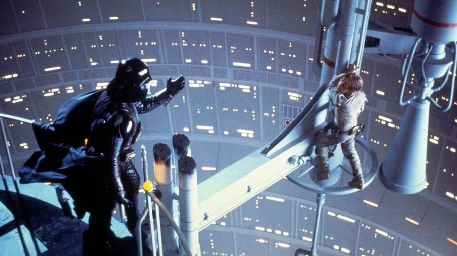"""Cena em """"Star Wars: O Império Contra-Ataca"""" (1980) - Divulgação"""