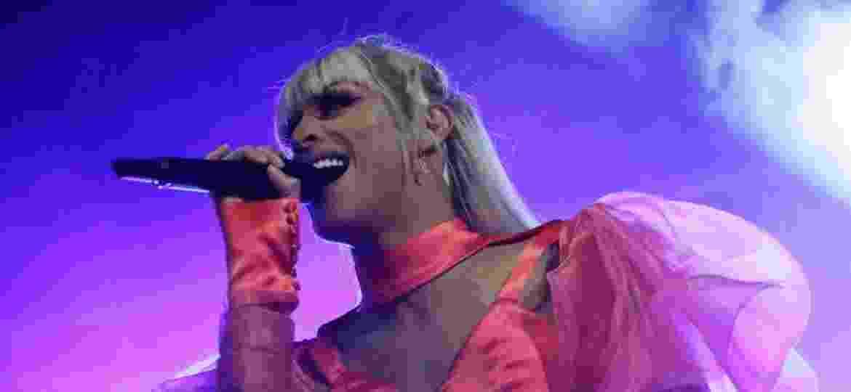 19.mai.2019 - A cantora Pabllo Vittar se apresenta no palco República, centro de São Paulo, durante a Virada Cultural 2019   - Nelson Antoine/UOL