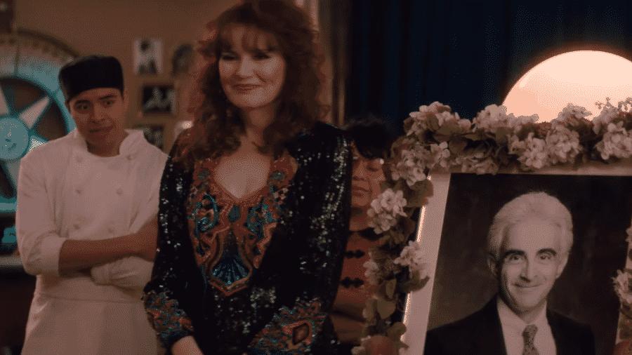 Geena Davis na terceira temporada de GLOW - Reprodução/YouTube
