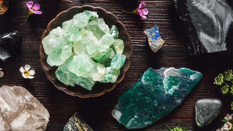 Quartzo verde tem um poder de regeneração e de cura em diversas esferas - Serena Williamson/iStock