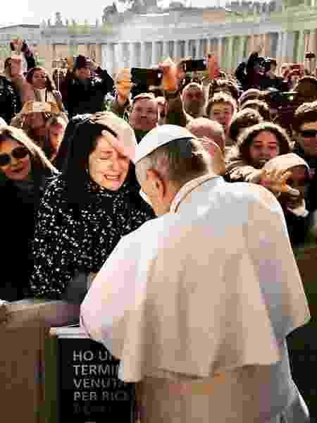 Fabiana foi ao Vaticano e recebeu uma bênção do papa - Arquivo Pessoal