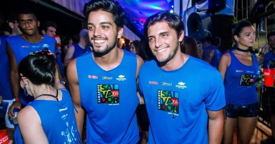 Rodrigo Simas e Bruno Gissoni no Carnaval de Salvador