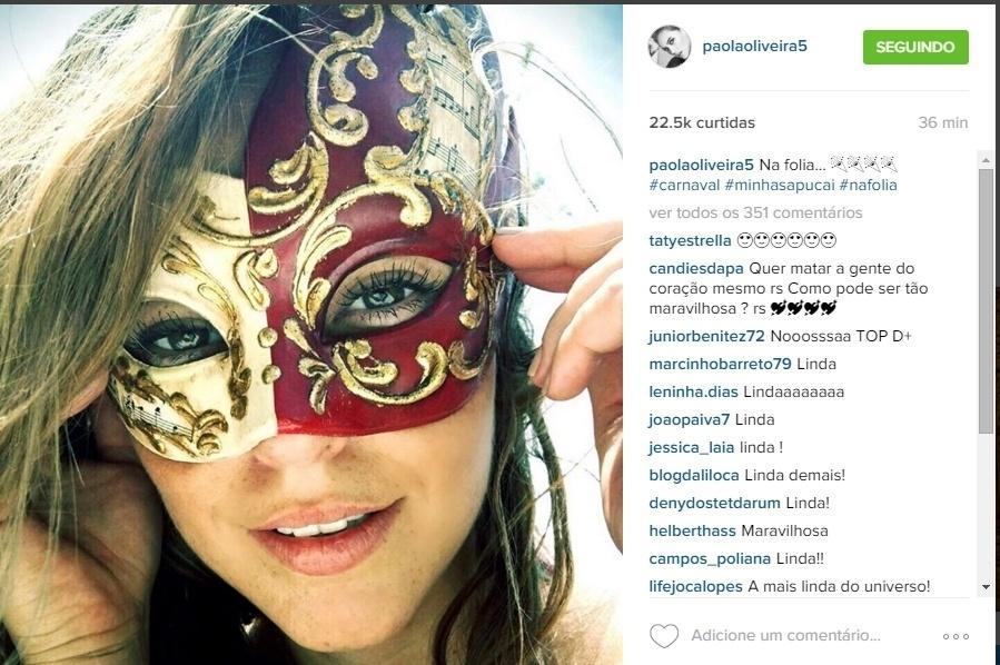 7.jan.2016 - Paolla Oliveira postou foto com máscara de Carnaval: