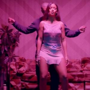 """Rihanna e Drake em clima sensual no clipe de """"Work""""  - Reprodução"""
