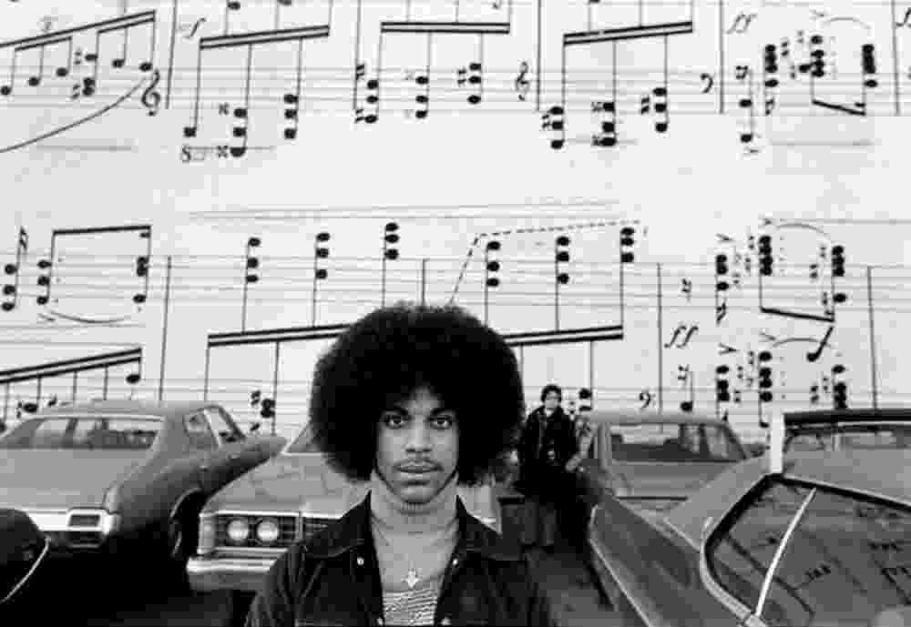 Natural de Minneapolis, no Estado americano de Minnesota, Prince posa no início de carreira, em 1978, aos 20 anos - Robert Whitman