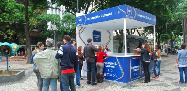 Ponto de retirada do Passaporte Cultural Rio na Cinelândia - Divulgação/Secretaria Municipal de Cultura do Rio de Janeiro
