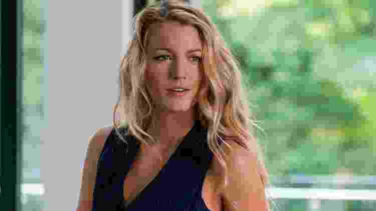 """Blake Lively em cena de """"Um Pequeno Favor"""" - Reprodução - Reprodução"""