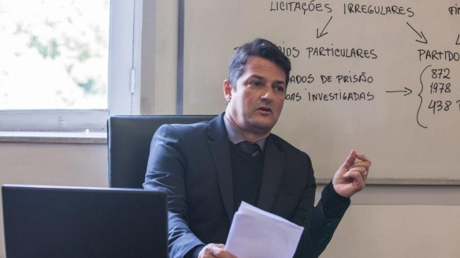 """Marcelo Serrado interpreta o juiz Sério Moro em """"Polícia Federal - A Lei é Para Todos 2"""" - Divulgalção"""