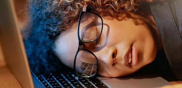 O trabalho está tenso? 6 dicas para aliviar o estresse na rotina