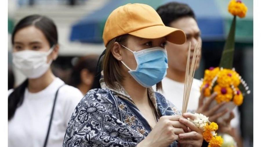 Pelo menos dois casos do coronavírus foram identificados em Bangcoc, na Tailândia; vírus chegou a 6 países - EPA/RUNGROJ YONGRIT