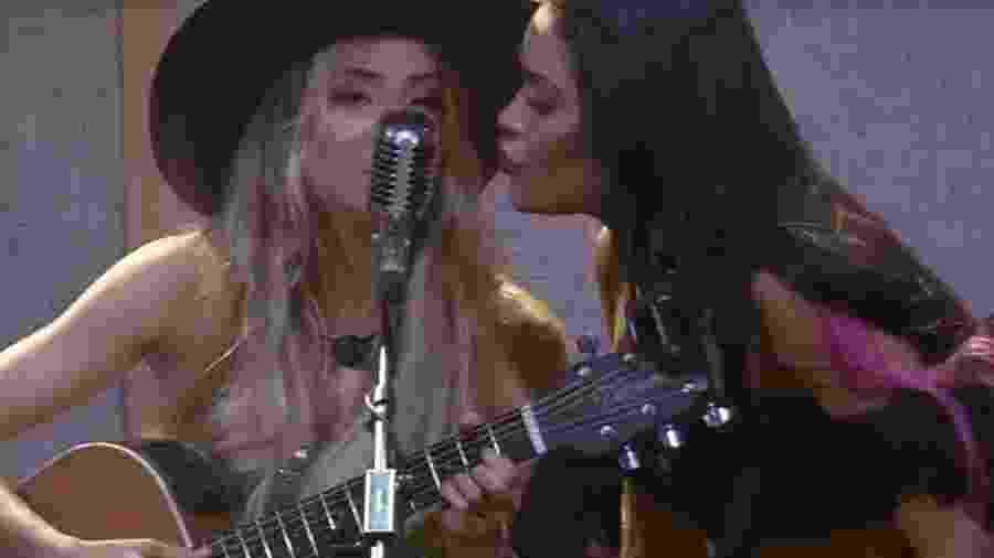 BBB 20:  Flay e Manu cantam na festa do líder - Reprodução/Globoplay