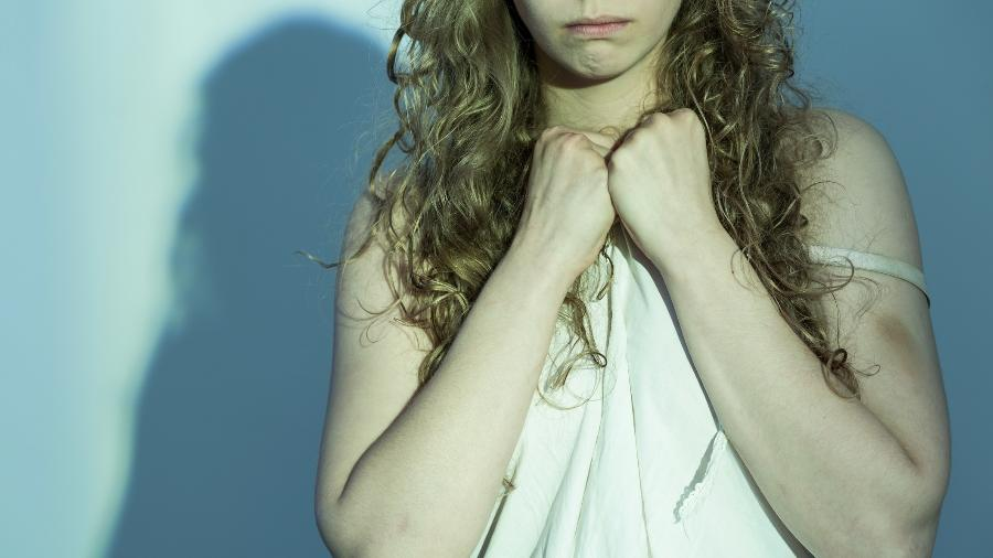 Especialistas concordam que a mulher vítima de violência sexual deve ser bem acolhida, no hospital ou delegacia - Getty Images/iStockphoto