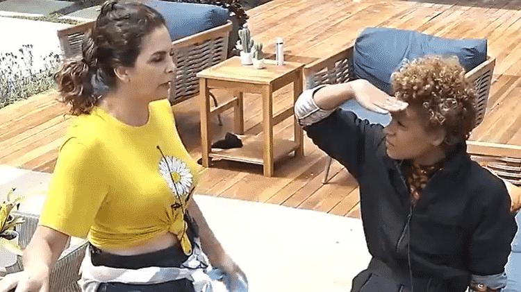 A Fazenda 2020:Luiza Ambiel desabafa com Lidi Lisboa e diz estar triste com os últimos conflitos dentro da sede  - Reprodução/RecordTV - Reprodução/RecordTV