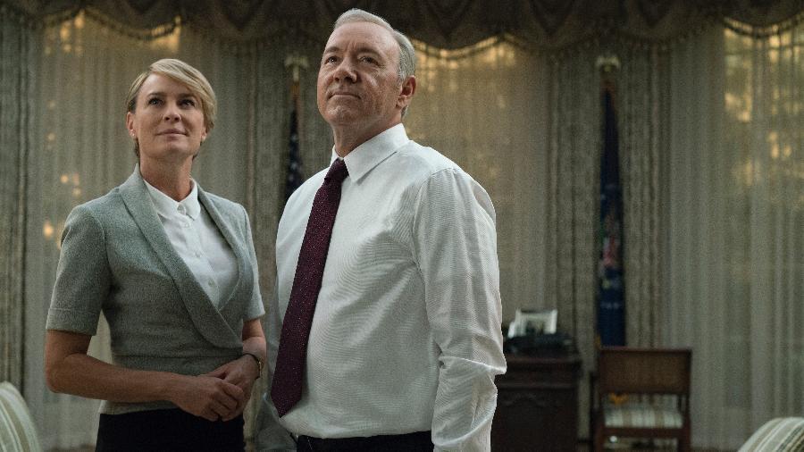 """Claire (Robin Wright) e Francis (Kevin Spacey) dão risada na cara dos limites na nova temporada de """"House of Cards"""" - Divulgação/Netflix"""