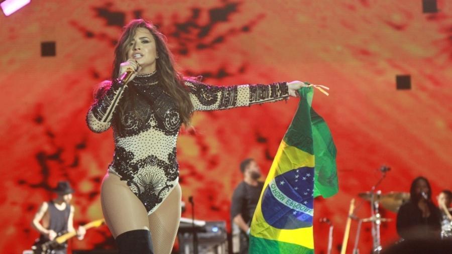 Demi Lovato em foto de seu último show no Brasil, no VillaMix Goiânia 2017 - Amauri Nehn/Brazil News