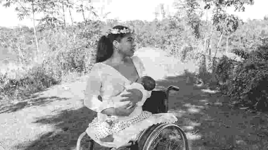 Realizou sonho de ter parto natural, mesmo com resistência de médicos - Elis Freitas Fotografias