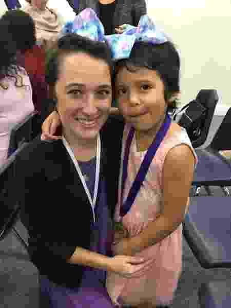 A professora Shannon Grimm e a aluna Prisilla Perez - Reprodução/Facebook